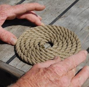 hands_rope